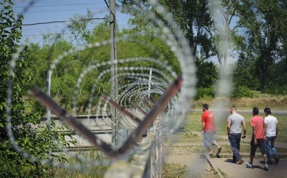 Հունգարիան Սերբիայի հետ սահմանին պատ կառուցելու մասին օրենք ....
