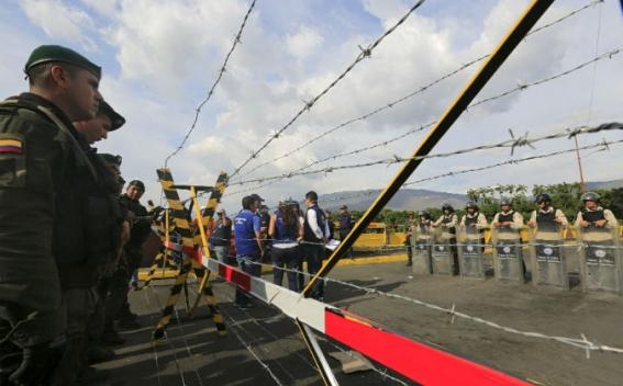 Կոլումբիան և Վենեսուելան հետ են կանչել իրենց դեսպաններին
