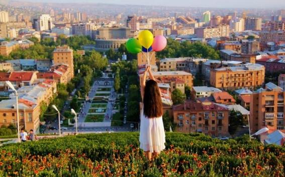 Նոր երգ արևոտ ու ամենագեղեցիկ Երևանի մասին