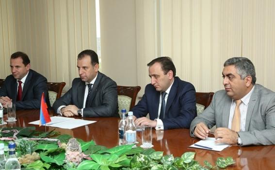 Վիգեն Սարգսյանը ԵՄ ներկայացուցչին է ներկայացրել Ադրբեջանի կո....