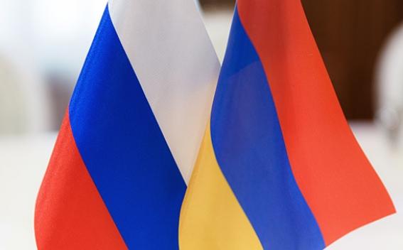 Россия и Армения обсуждают поставки SuperJet 100