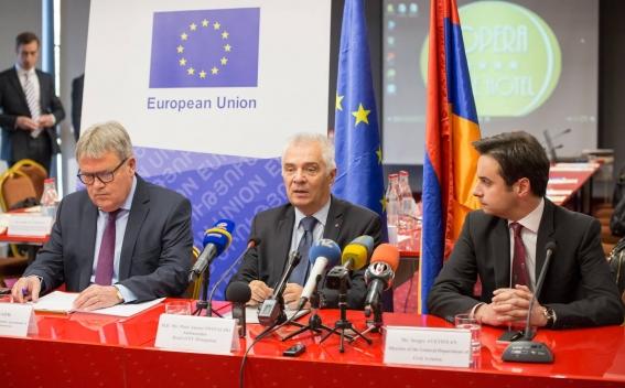 ՀՀ և ԵՄ միջև ընդհանուր ավիացիոն գոտու շուրջ բանակցություններ....