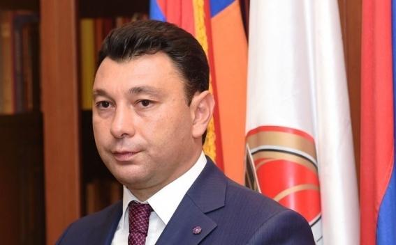 Шармазанов: У правительства Никола Пашиняна нет концепции и по карабахскому урегулированию
