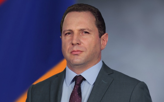 Министр обороны Армении отправится в Москву