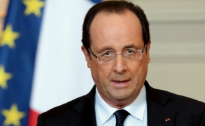 French President Urged Turkey to Relaunch Dialog with the Kurds