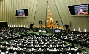 Iran not to Implement the Nuclear Dear until the Sanctions are Lifted