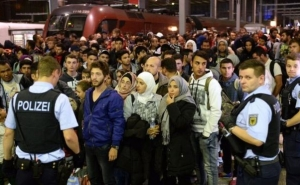 100s of Islamic State Militants Are Registered as Refugees in Germany