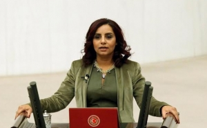 Selina Dogan Commemorated Armenian Feminist Women In the Turkish Parliament