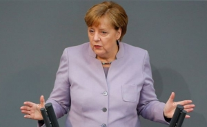"Merkel: Some British People Have ""Illusions"" About Discussing the UK's Future"