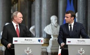 Macron-Putin Meeting: What Goals Did the Parties Pursue?