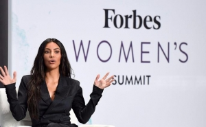 Forbes Editor-In-Chief Presented Kardashian a Book on the Armenian Genocide