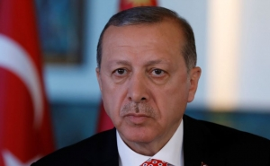 Erdogan Lost Consciousness While Praying in the Mosque