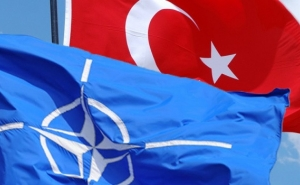 NATO Warns Turkey of Consequences for Russia's S-400 Purchase
