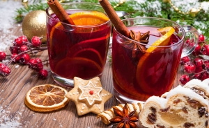 How to Make a Glint-wine? Cheer Up Yourself with This Warm Delicious Beverage