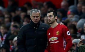 Mourinho Wants to Replace Henrikh Mkhitaryan with Alexis Sanches