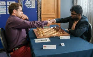 Aronian Leads the Gibraltar Championship
