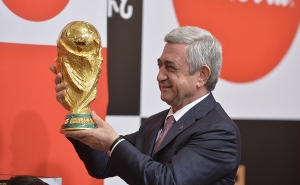 RA President Welcomes FIFA World Cup Trophy to Yerevan (PHOTOS)