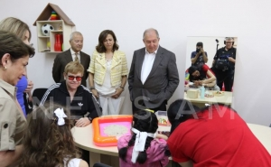 Elton John and Armen Sarkissian Visited Rehabilitation Center in Yerevan