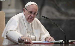 Pope Francis Writes to Catholics Worldwide over Sexual Abuse