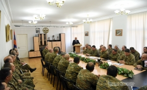 Artsakh President Introduces New Defense Minister to Supreme Command Staff of Defense Army