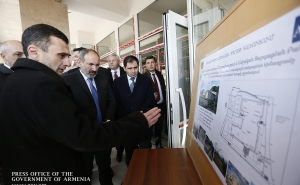 Nikol Pashinyan Inspects Construction of Basic School N7 in Vanadzor