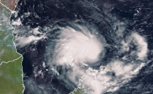 Powerful Cyclone Hits Mozambique