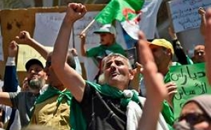 Thousands Protest in Algeria, Renew Call to Postpone July Vote