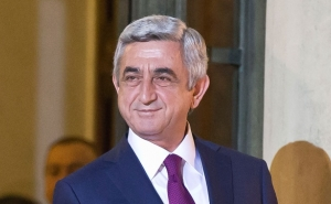 Serzh Sargsyan Congratulates His Holiness Garegin II on Birthday