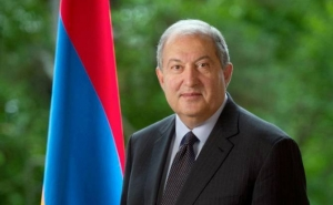 President Sarkissian Congratulates Zelensky on Ukrainian Independence Day