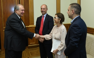 President Sarkissian Receives International Experts, Venture Investors Luigi Amati and Brigitt Bauma