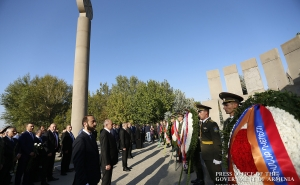 Armenia's highest leadership visited the Yerablur Pantheon