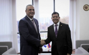 Armenia Deputy FM Receives Guatemalan Delegation