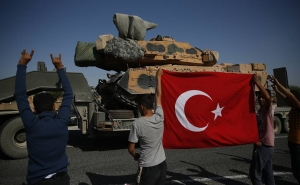 Turkish Military Convoy Crosses Syria Border, Heads to Southern Idlib - TV