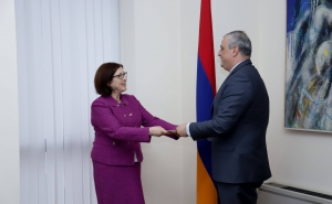 The Newly Appointed Ambassador of Canada Presented the Copy of Her Credentials to the Deputy Foreign Minister of Armenia