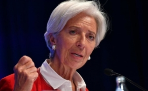 Euro Zone Governments Should Use Budget Measures to Support Growth: Lagarde