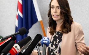 New Zealand PM and Ministers Take 20% Pay Cut