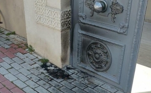 "Man Who Tries to Set Fire to Armenian Church in Istanbul says Armenians ""Brought"" COVID-19"