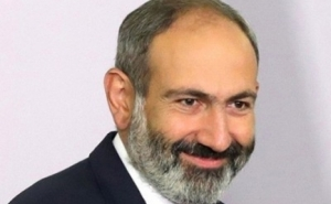 Nikol Pashinyan Congratulates Italian Counterpart on National Day