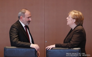 Nikol Pashinyan Calls on Angela Merkel to Make Every Effort to Curb Turkey's Destructive Stance