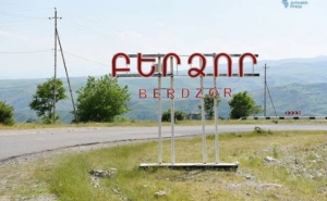Berdzor Residents Receive Security Guarantees and Stop Evacuation