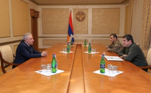 Arayik Harutyunayn Received Newly-Appointed Defense Minister of the Republic of Armenia