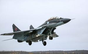 India Moves ahead to Procure more MiG-29s and Sukhois